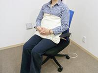 磁気治療器ソーケンリラックス使用方法-腹・腰4