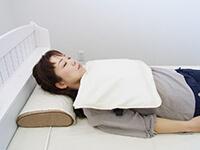 磁気治療器ソーケンリラックス使用方法-首・肩・腕1