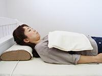 磁気治療器ソーケンリラックス使用方法-腹・腰1