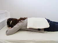 磁気治療器ソーケンリラックス使用方法-腹・腰3