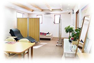 磁気治療院の室内