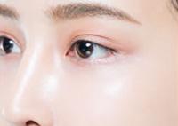 皮膚の再生を促進